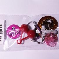 Mix accesorii,insigne,etc