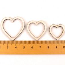 Inimi decupate din lemn 10bc 25mm