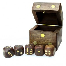 Cutie lemn in forma de zar cu 5 zaruri in interior
