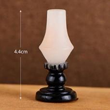 Lampa ulei miniaturala pentru case de papusi
