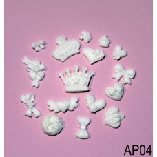 Papiaone, coroane, inimioare, fundite din rasina